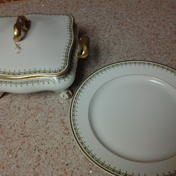 Limoges * france.   Old abbey 12 piece china set. What do i have here?