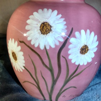 Don't know anything about this  - Pottery