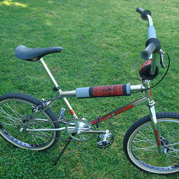 1981 REDLINE PROLINE bmx racing bike - Sporting Goods