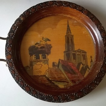 Small Hand Painted Vintage Souvenir Tray Thrift Shop Find 1,25 ($1.30) - Advertising