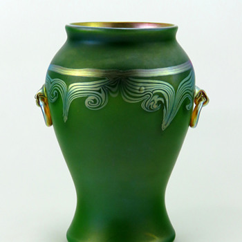 Tiffany Favrile Green Favrile Handled Vase 3543 D - Art Glass