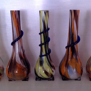 Five Czech Tango era spatter glass vases with applied serpentine trails - Art Glass