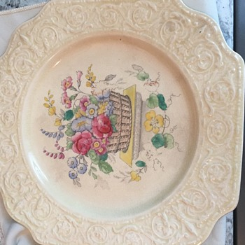 Lovely little plates-would love help Id'ing - China and Dinnerware