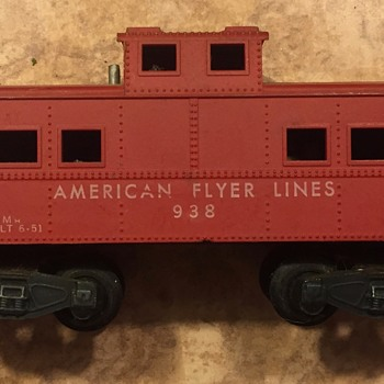 3 Caboose Cars from american flyer - Model Trains