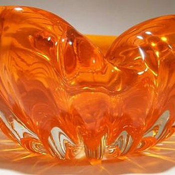 Murano Art Glass Bowl ----- Heavy and Thick - Art Glass