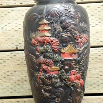 Japanese Tokanabe  vase c1920s. - Asian