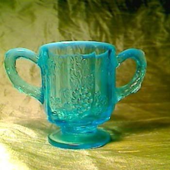 Blue opal - Glassware