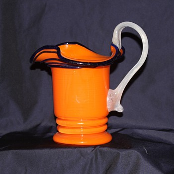 Beautiful Tango Creamer with unusual white handle - Art Glass