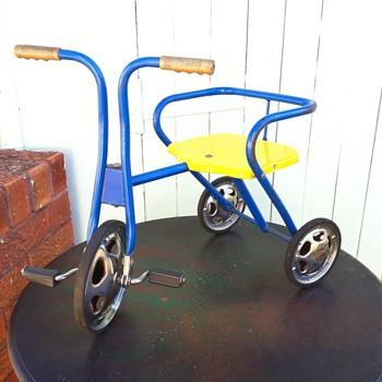 Pedalkar - Tri-ang Childrens Trike ??? HELP!!
