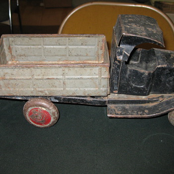 Old Pressed Steel Truck - Model Cars