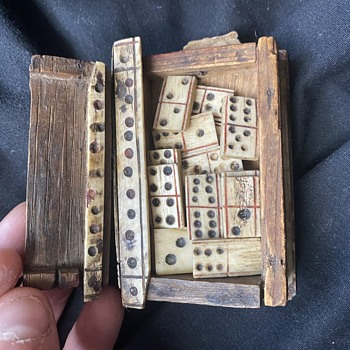 Napoleonic prisoner of war made dominos set  - Military and Wartime