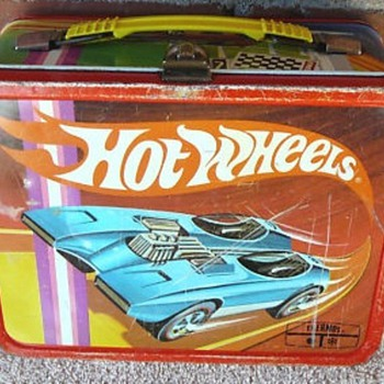 Hot Wheels 1969 Lunchbox with Thermos - Kitchen