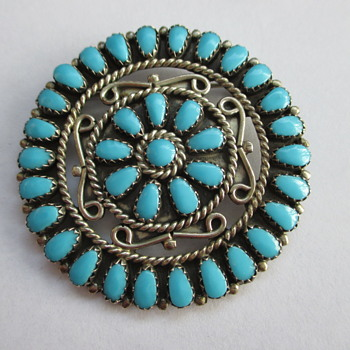 Navajo sterling brooch - Fine Jewelry