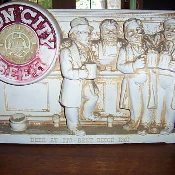 Ceramic Iron City - Breweriana
