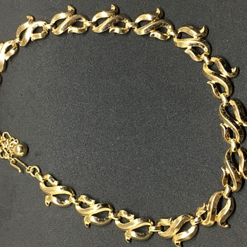 Trifari Gold Necklace  - Costume Jewelry