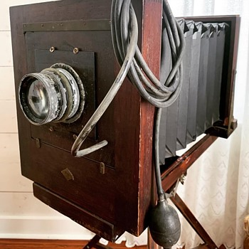 Victorian or vintage wet plate camera? - Cameras