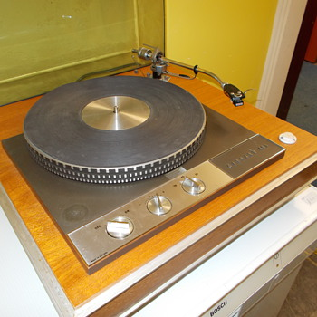 DC record player Garrard 401