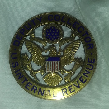 Deputy collector US Internal Revenue Service - Medals Pins and Badges