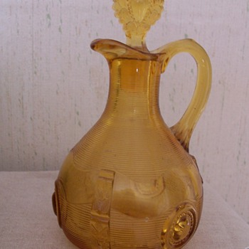 Amber colored cruet - Glassware