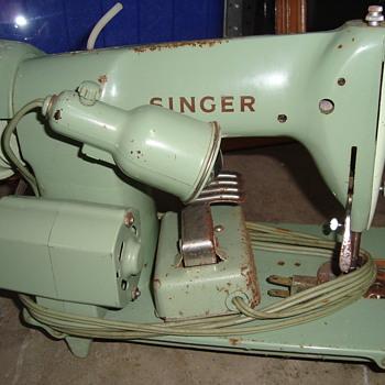 singer sewing machaine