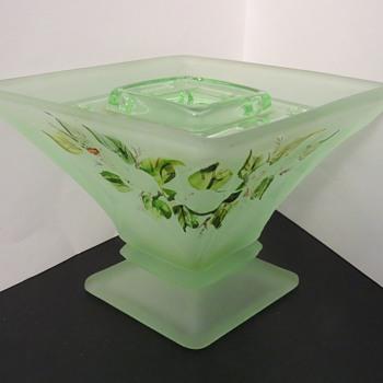 Bagley Glass Spinette Vase