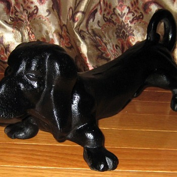 Vintage Cast Iron Dachshund Doorstop - Animals