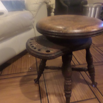 i believe antique swivel adjustment stool - Furniture