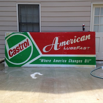 Value of 10' x 4' Castrol Lubefast sign. - Signs