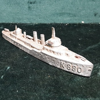 Soon To Be An Antique Tootsietoy US Navy Gun Boat 1920s-1930s - Toys