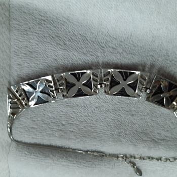 Sherman necklace - Costume Jewelry