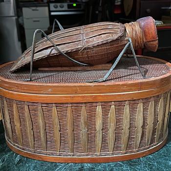 Giant Grasshopper Basket - Furniture