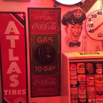 Coca-Cola 1932 Gas To-Day gas station tin sign - Coca-Cola