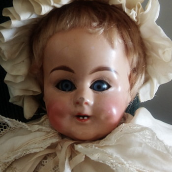 Faded mark - Dolls
