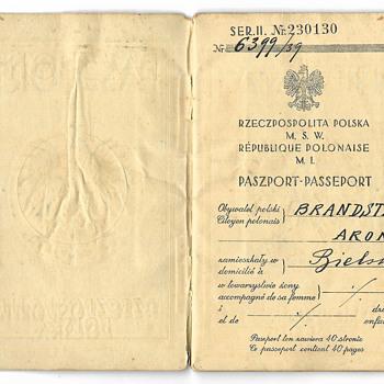 1939 Polish escape passport - Paper