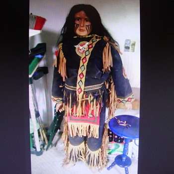 Native American Mannequin............ - Native American