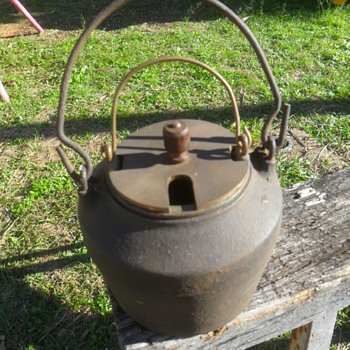 Kenrick & Son Cast Iron Glue Pot - Tools and Hardware