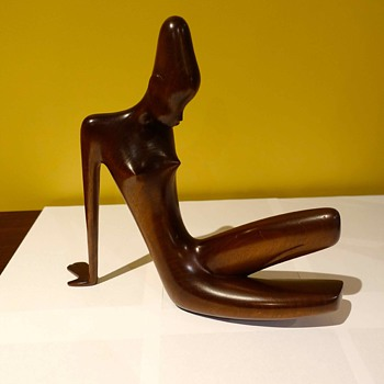 New Purchase for collection, Rare Art Deco Fruitwood Hagenauer Seated African Figure - Art Deco