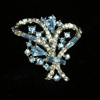 Coro Brooch with Rhinestones - Costume Jewelry