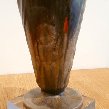 KENNEMERLAND 143 C VASE C.J. GELLINGS - Pottery