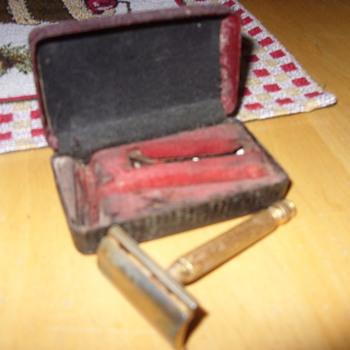 1920s gillette razor - Accessories