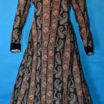 Genuine 1860's Civil War Ladies Wrapper. - Victorian Era