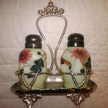 Stevens & Williams Pinch Bulb - Art Glass