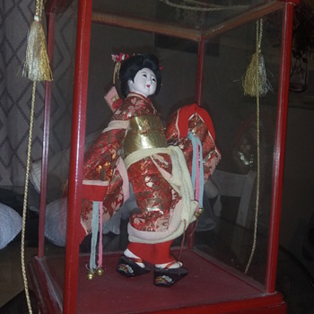 Japanese porcelain doll in fragile glass case - Dolls