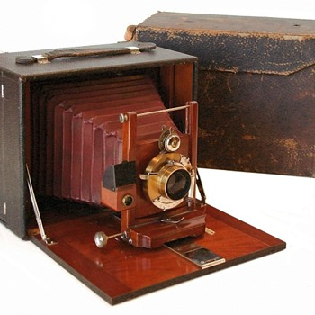 1899 Korona I & 1904 Korona VII: Gundlach Optical Company - Cameras
