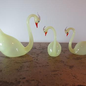 Three Glowing Swans + 1 - Art Glass