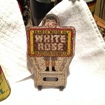 white rose license plate decoration - Petroliana