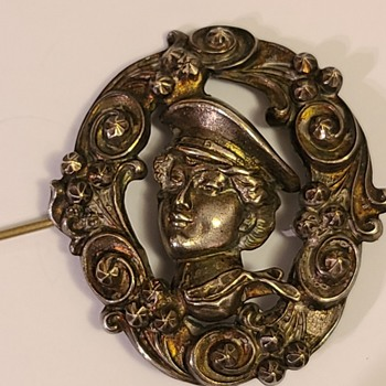 antique pin brooch  - Costume Jewelry