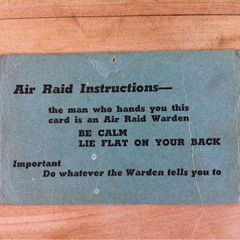 WWII air raid shelter instruction card - Paper