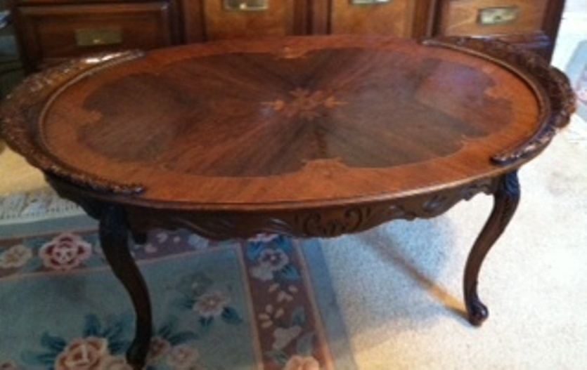 1920 S Oval Wooden Coffee Table Inlaid Top Carved Top