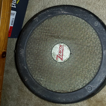 Zenith speaker  - Electronics